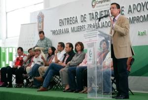 Entregan apoyos a 20 mil mujeres trabajadoras de Ecatepec